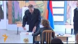 Լեւոն Տեր-Պետրոսյանը քվեարկեց «հանուն Հայաստանի Հանրապետության»