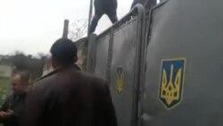 В Бахчисарае поддержали военных Украины