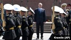 Путин на Могиле Неизвестного Солдата, 22 июня 2021 года
