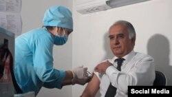 Самариддин Алиев- Тажикстандын Саламаттык сактоо министрлигинин Профилактикалык медицина институтунун директору.