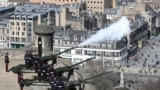 BRITAIN-ROYALS/PHILIP-GUN-SALUTE