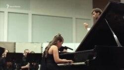 Як юна піаністка з Криму стала лауреатом понад 15 конкурсів в Україні та світі