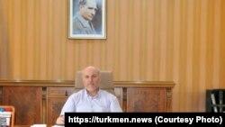 Түркия элчилигинин дин иштери боюнча кеңешчиси Кемал Учкун.