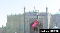جهنده زیارت منسوب به حضرت علیدر شهر مزارشریف