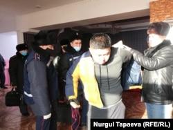 Полиция сұрақтарына жауап берген Мұрагер Әлімұлы. Ақмола облысы, Қоянды ауылы, 22 қаңтар 2021 жыл.