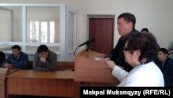 Сотқа куәгер ретінде шақырылған дәрігер. Алматы, 23 сәуір 2014 жыл.