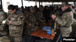 Armenia - Military volunteers prepare to leave for Nagorno-Karabakh, 3Apr2016.