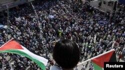 Многотысячная акция в поддержку признания независимости Палестины в ООН. 21 сентября 2011 года.