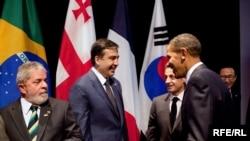 В Вашингтоне в кулуарах саммита по ядерной безопасности прошла короткая встреча президентов США и Грузии