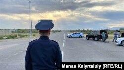 Кампадагы жарылуудан кийин жабылган Алматы-Тараз жолу. Жамбыл. 27-август. 2021-жыл.