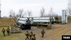 Ресейдің С-300 зенит зымыран кешендері. (Көрнекі сурет).
