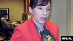Трейсі Енн Джейкобсон у Душанбе в студії Радіо Свобода