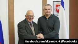 Сергей Аксенов на встрече с бывшим австралийским послом Тони Кевином, 3 января 2018 года