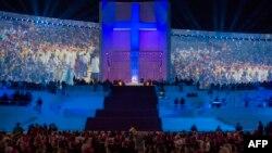 Բրազիլիա - Հռոմի պապը պատարագ է մատուցում Ռիո դե Ժանեյրոյի Կոպակաբանա լողափում, 26-ը հուլիսի, 2013թ․
