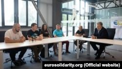 Зустріч Порошенка з проукраїнськими активістами