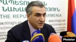 Armenia- Agriculture Minister Ignati Arakelian speaks at a news conference in Yerevan.