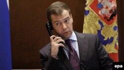 Администрация президента уверяет: Дмитрий Медведев услышал советы от народа и учел их при подготовке послания к Федеральному Собранию.