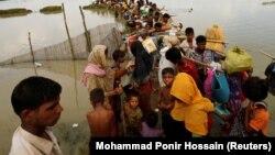 Od 25. avgusta u Bangladeš je iz Majnmara izbeglo oko 270.000 ljudi