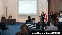 По словам директора консульского департамента МИДа Грузии Георгия Табатадзе, оформление электронных виз доступно из любой точки земного шара