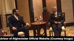 دیدار حمدالله محبمشاور امنیت ملی افغانستانبا جی شنکروزیر خارجۀ هند
