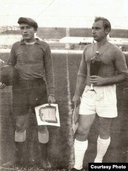 Капітан «Тарпэда» Мікалай Блашко з кубкам Беларусі, 1962 год