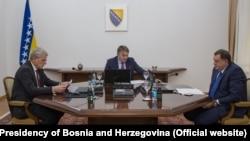 Članovi Predsjedništva BiH Željko Komšić, Šefik Džaferović i Milorad Dodik
