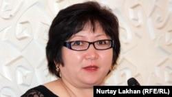 Әділ Ботпановтың жары Гүлсім Ботпанова. Алматы, 20 ақпан 2013 жыл.