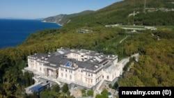 «Дворец Путина» рядом с Геленджиком на побережье Черного моря.