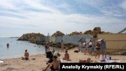 Пляж у Євпаторії, ілюстративне фото