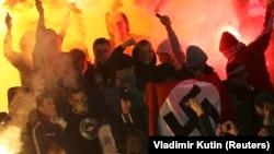 Уболівальники московського футбольного клубу «Спартак» у Москві, 30 жовтня 2013 року
