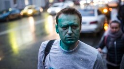 Russia -- Alexei Navalny after being attacked with green dye in 2017