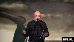 Олександр Соловйов на виставка робіт Олександр Гнилицького «Реальність ілюзії». Київ, 23 лютого 2017 року