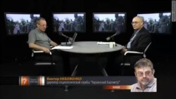 Украина снимает Ленина, Россия славит Сталина