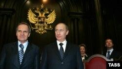Vladimir Putin sa predsjednikom Ustavnog suda Valerijem Zorkinom