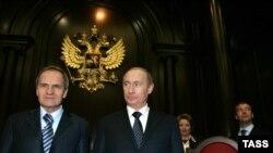 Голова Конституційного суду Росії Валерій Зорькін та президент Росії Володимир Путін