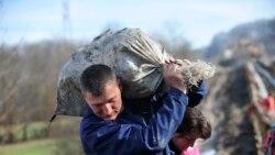 Azər usta: 'İş olsa, ayda 10 manatı vermək mümkündür'