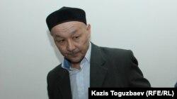 Кенжебек Әбішев.