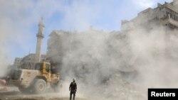 U Alepu sukobi i pucnji