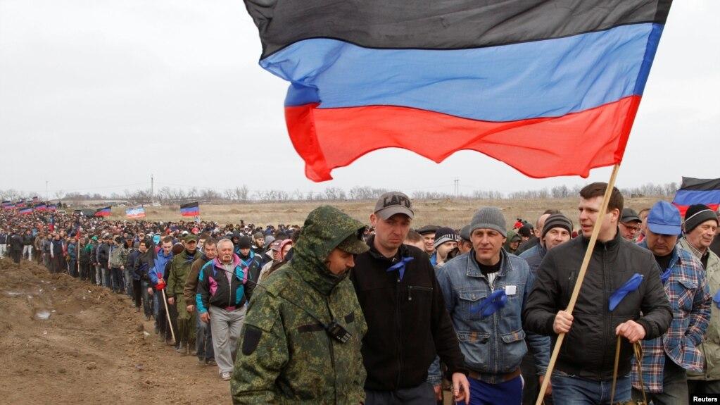 Иллюстрационное фото. Так называемые «резервисты» группировки «ДНР». Донецкая область, апрель 2017 года