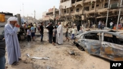 Pamje pas një shpërthimi të mëparshëm në një lagje të Bagdadit