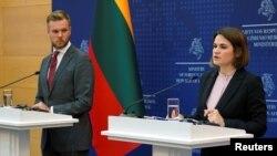 Лидерката на беларуската опозиция Святлана Циханоуска и външния министър на Литва Габриелиус Ландсбергис