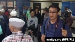 Полиция Алматыда 48 БАҚ өкілін ұстаған