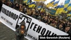 У четверту суботу листопада в Україні вшановують пам'ять жертв Голодомору-геноциду 1932–1933 років в Україні