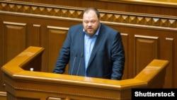 Стефанчук: те, що називали справою честі цієї Верховної Ради, перетворилося в одну велику ганьбу