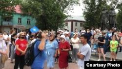 Митинг «против принудительной вакцинации» в Уральске. 6 июля 2021 года