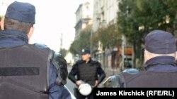 Ilustracija: Pripadnici policije obezbeđuju jedan od protesta u Beogradu