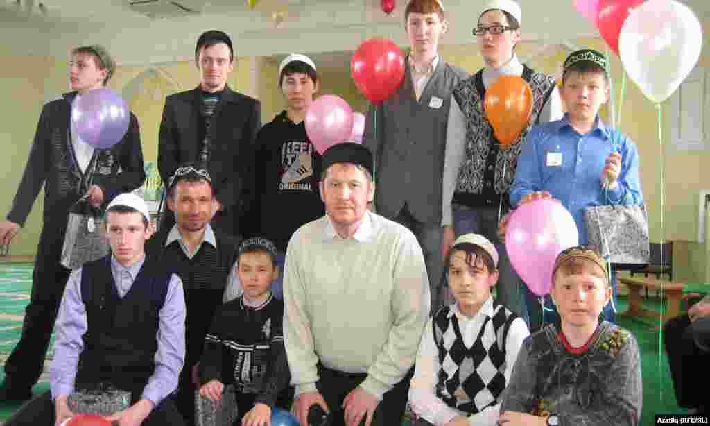 Балезино районы Әхмәди һәм Кистем авылларыннан вәкилләр