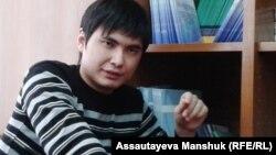 Ринат Кибраев - азаматтық белсенді. Алматы, 18 желтоқсан 2013 жыл.