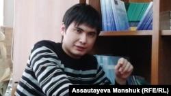 Гражданский активист Ринат Кибраев. Алматы, 19 декабря 2013 года.
