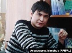 Гражданский активист Ринат Кибраев. Алматы, 18 декабря 2013 года.